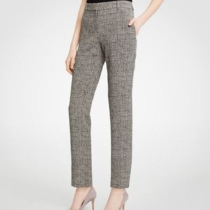 8 Ann Taylor Curvy Fit Ankle Pant in Crosshatch
